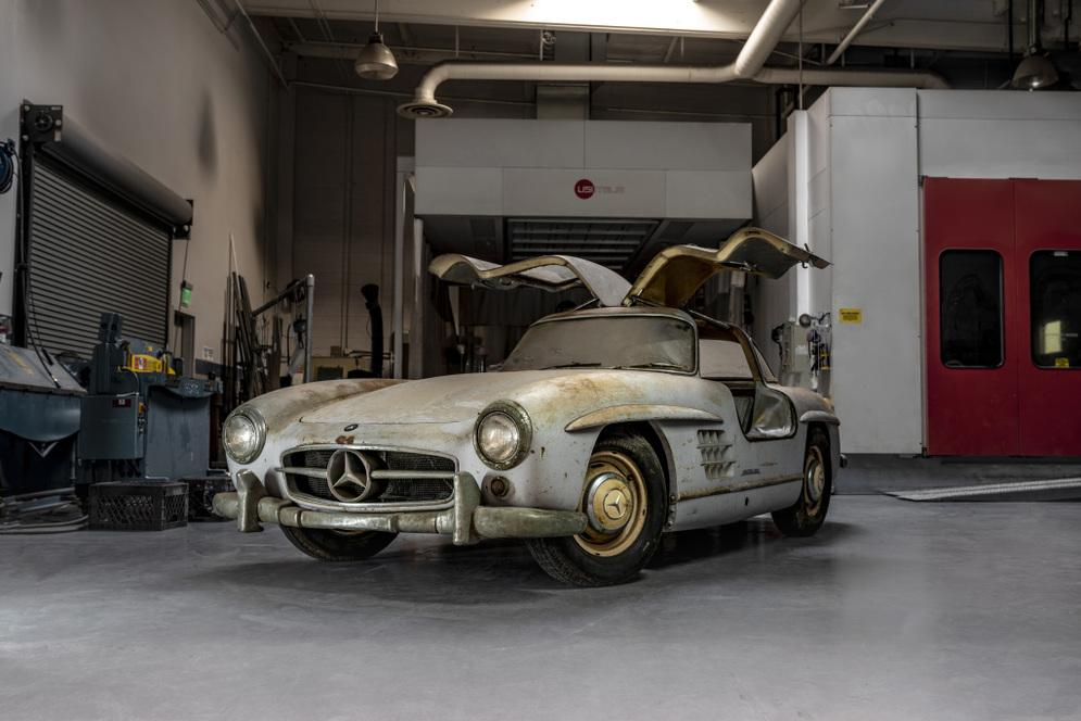 "Mercedes-Benz 300 SL ""Gullwing"" (W 198)"